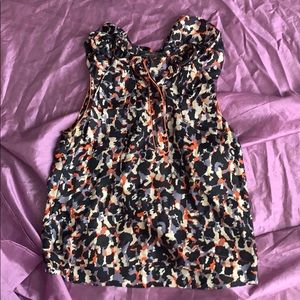 Sleeveless colorful blouse